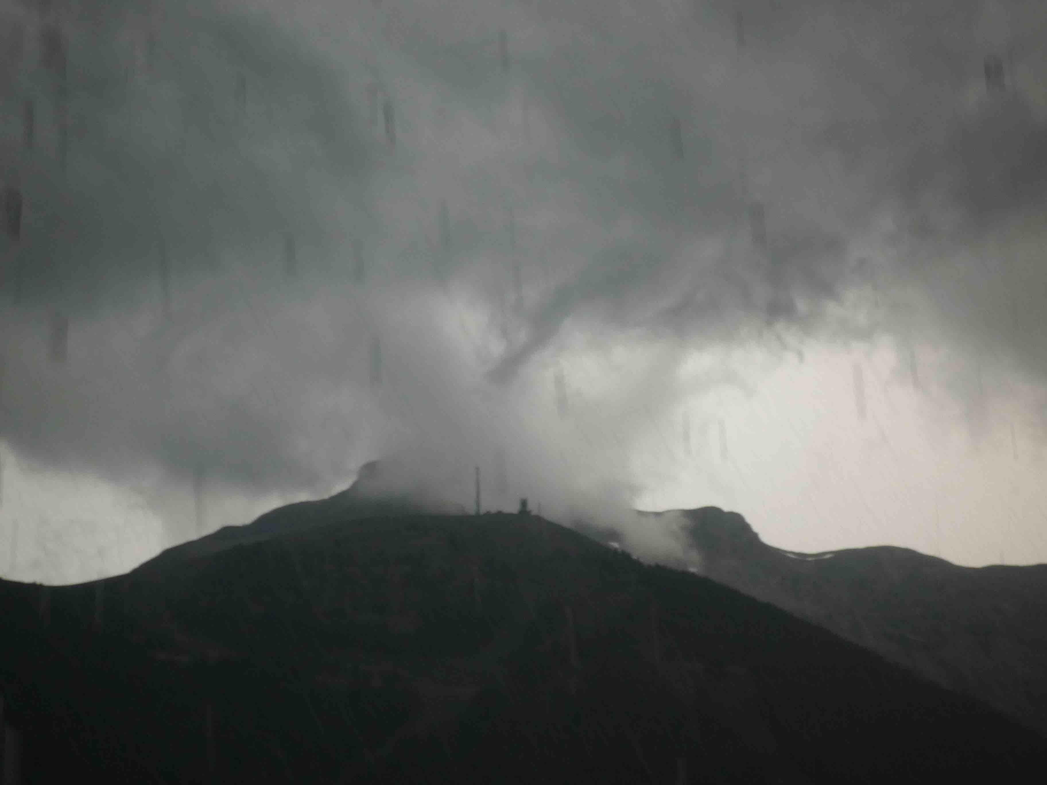 orage sur telepherique d'Auron